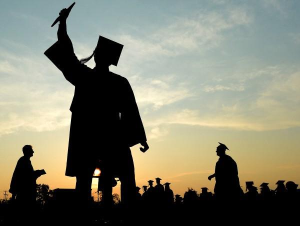 Reflexões a partir da prática na Educação de Jovens e Adultos: desafios